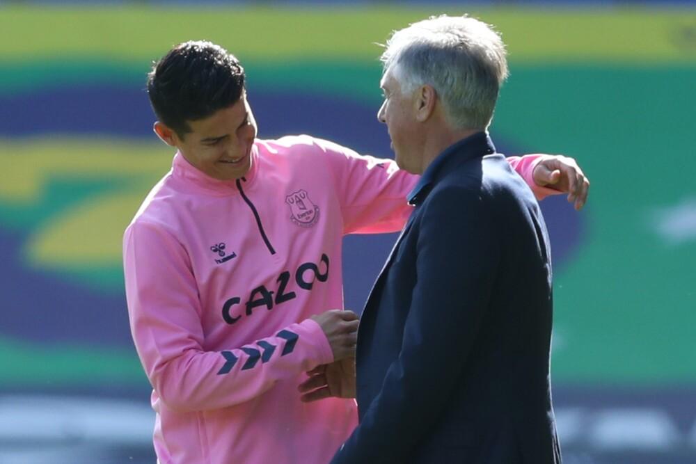 James y Ancelotti / AFP