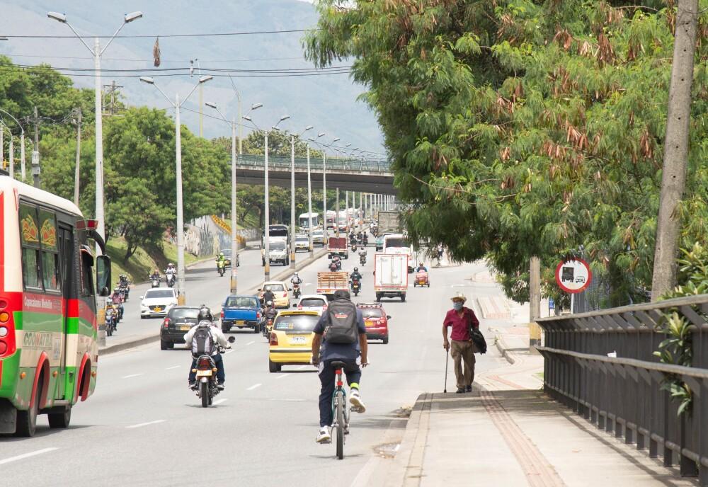 Autopista Norte Medellín.jpg