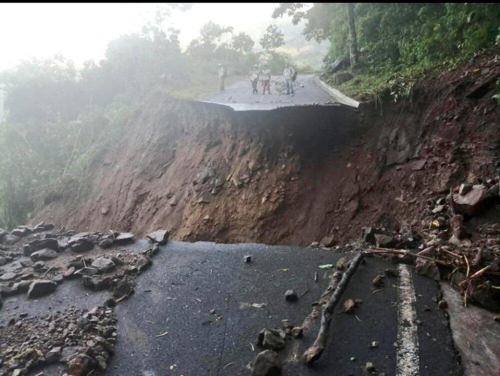 Daño en la vía de Ituango, Antioquia.jpg