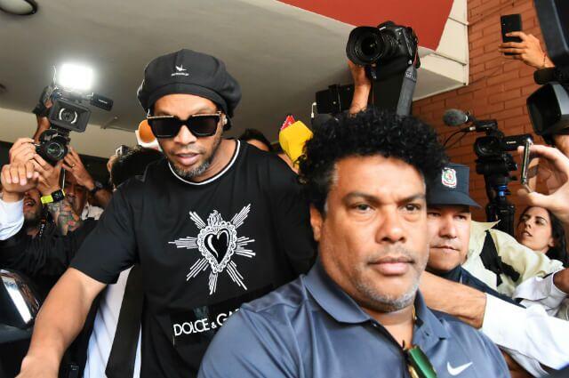 332291_Ronaldinho