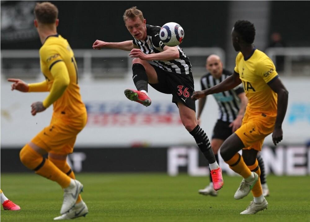Newcastle vs Tottenham Foto AFP (1).jpg