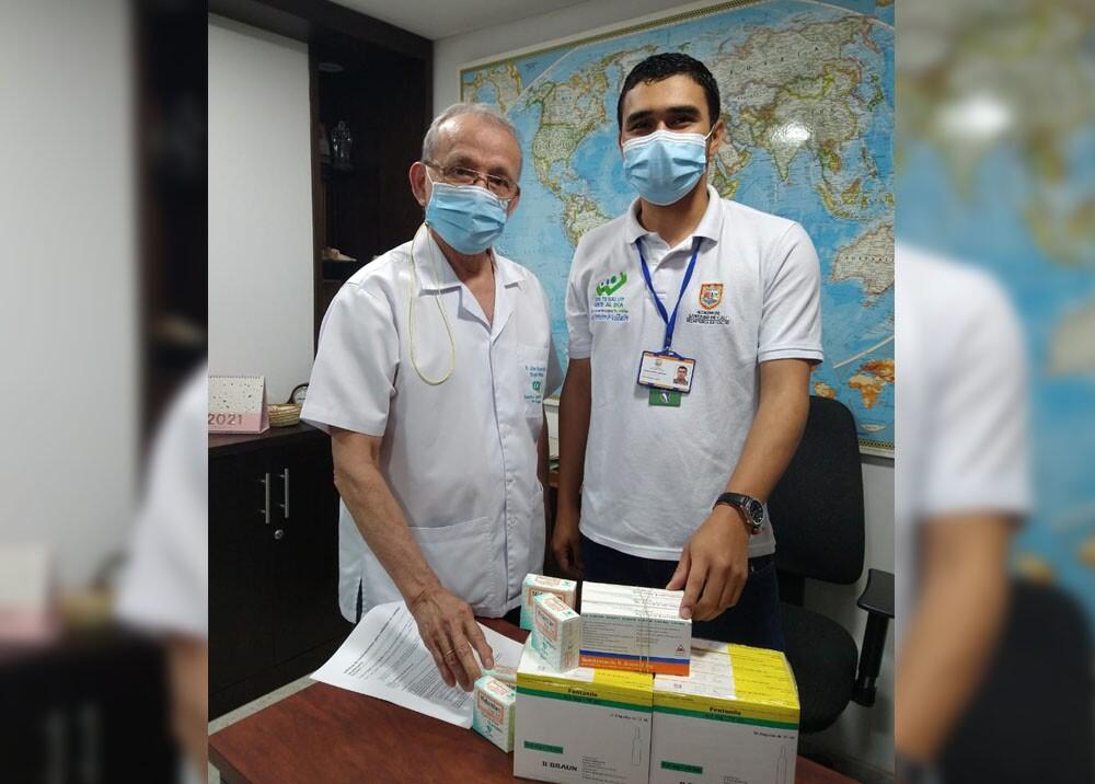 medicos de clinicas de cirugas esteticas de cali.jpg