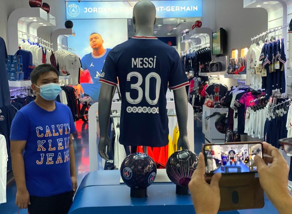 Camiseta del PSG de Lionel Messi..jpeg