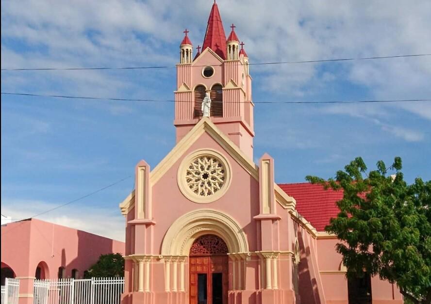 376693_BLU Radio // Iglesia de Puerto Colombia, Atlántico // Foto: Google Maps