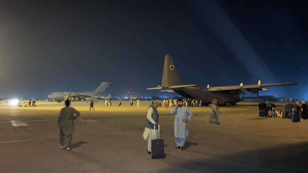 Pánico en Afganistán, tras toma de Kabul por parte de talibanes.