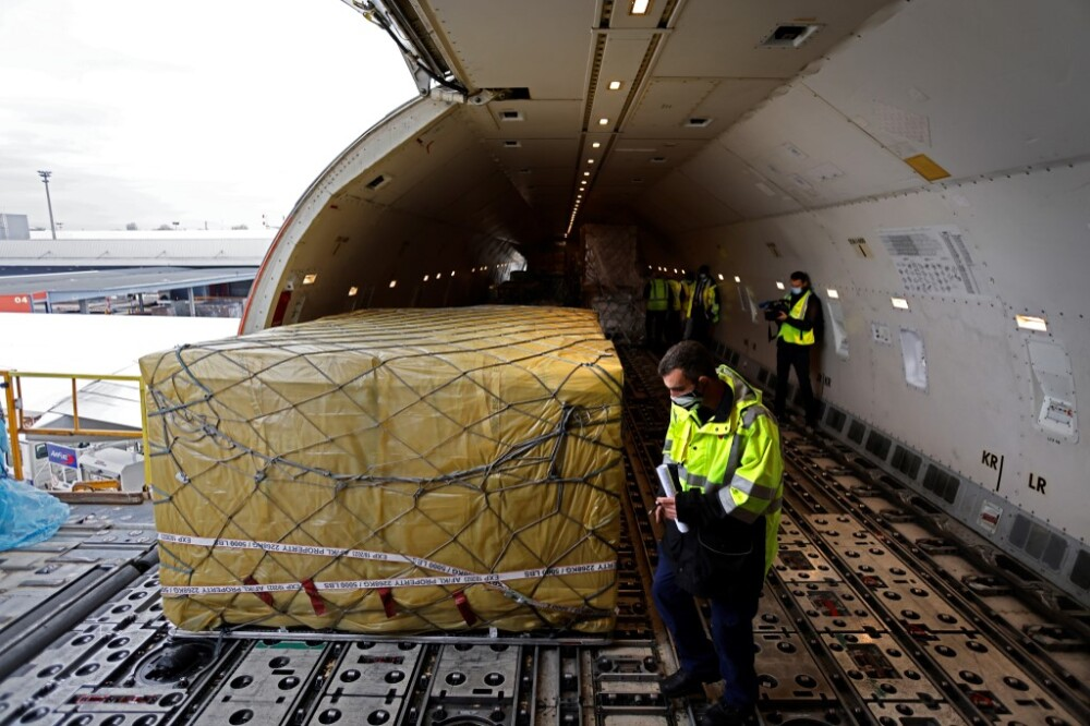 Transporte aéreo de vacunas
