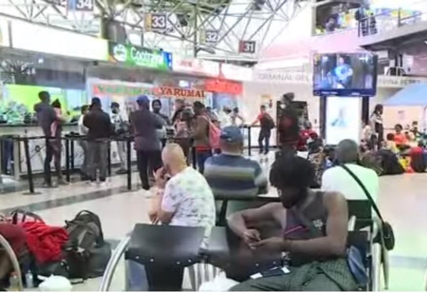 Llegada de migrantes en la Terminal del Norte.jpeg
