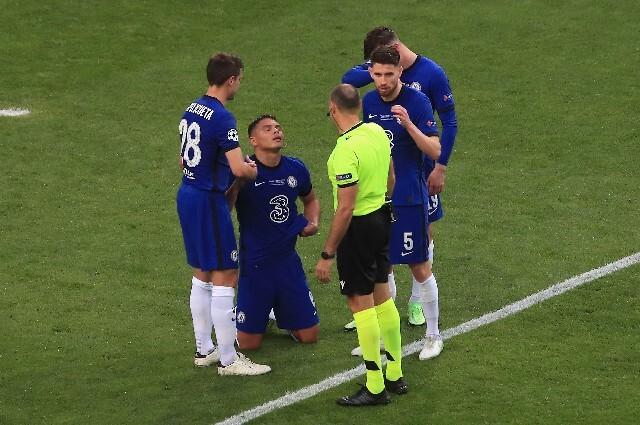 Lesión de Thiago Silva en la final de la Champions League