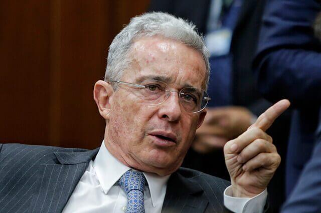 Álvaro Uribe denunció presunta corrupción de la Alcaldía de Medellín