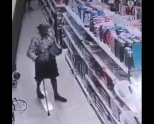 anciana que roba en Piedecuesta Santander.JPG