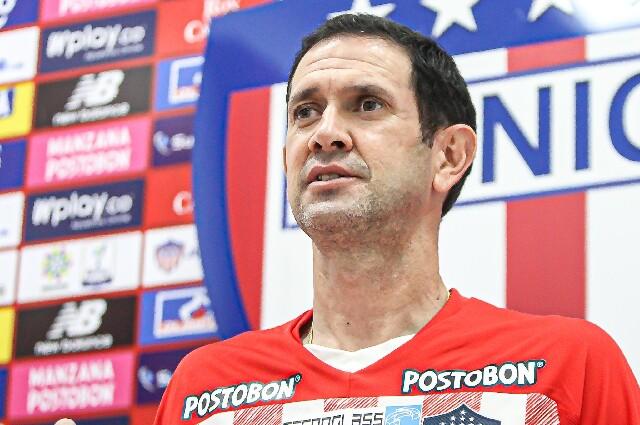 Arturo Reyes, nuevo técnico del Junior de Barranquilla