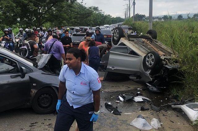 640-accidente-transito-avenida-canasgordas-cali-jamundi-nov-7-2019.jpg
