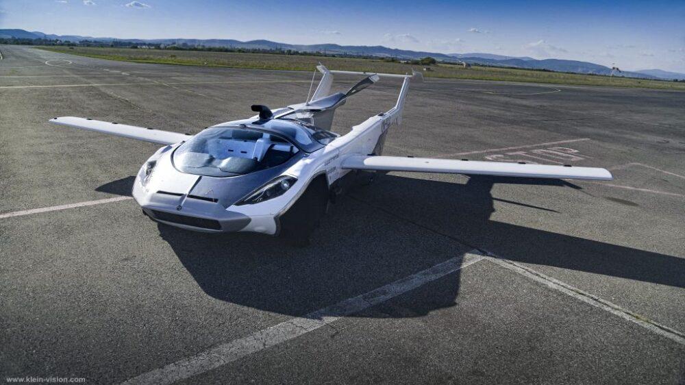 El auto volador es una realidad: el AirCar hizo sus primeras pruebas