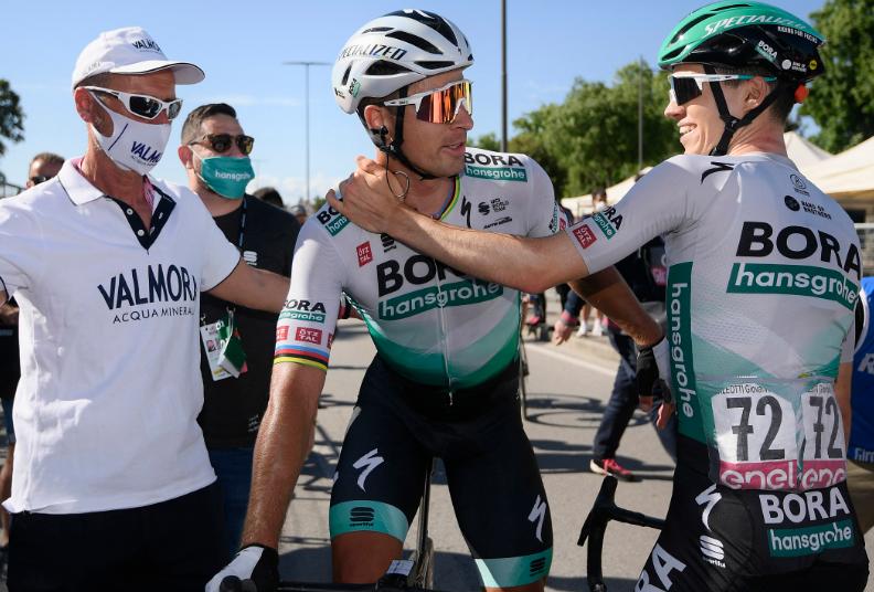 Peter Sagan ganó la etapa 10 del Giro de Italia 2021.