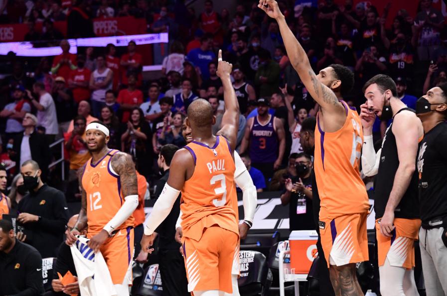 Los Suns jugarán la final de la NBA.