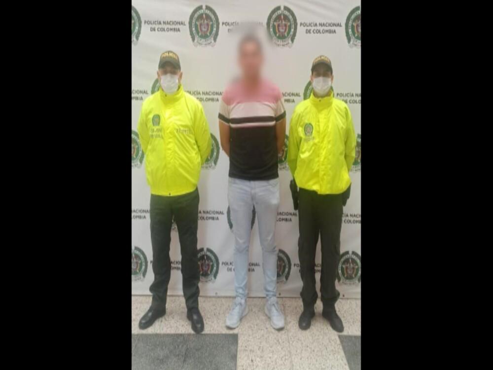 Capturado ciudadano mexicano con circular roja de Interpol.jpg