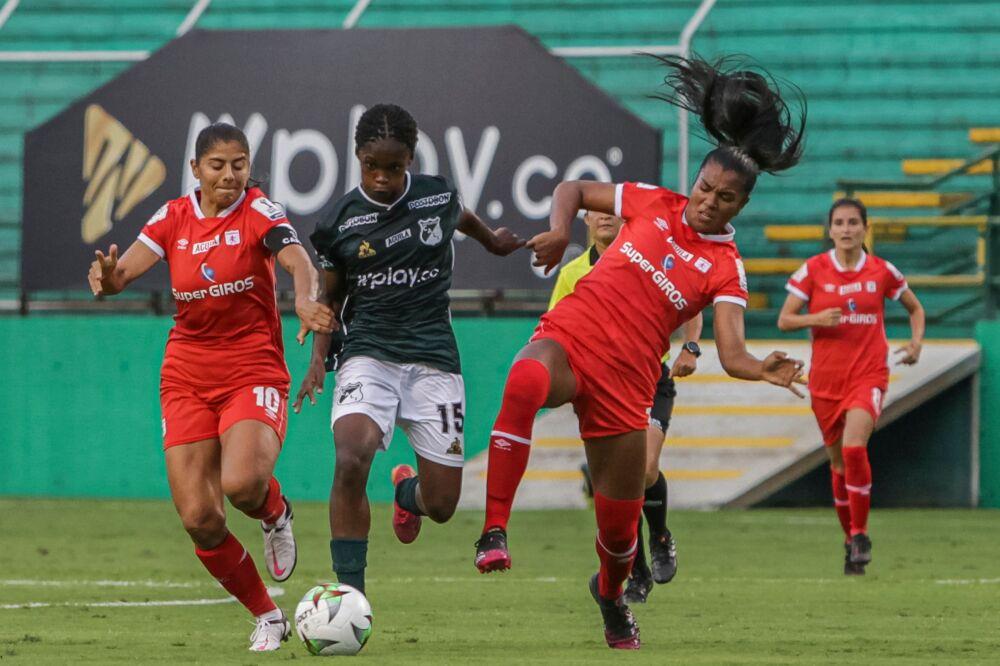 Partido entre América de Cali y Deportivo Cali, por la liga femenina. Dimayor.jpeg