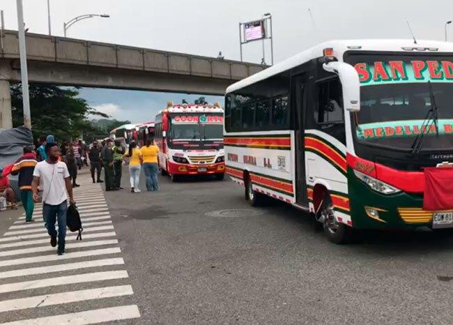365262_Protestas de conductores intermunicipales en Medellín // Foto: BLU Radio