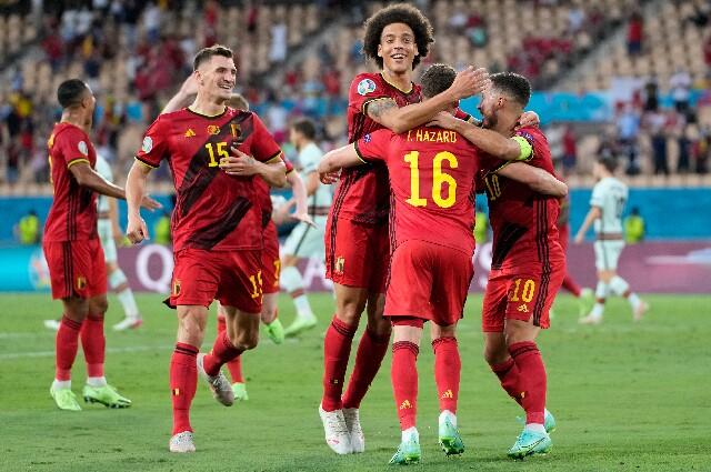 Gol de Bélgica contra Portugal