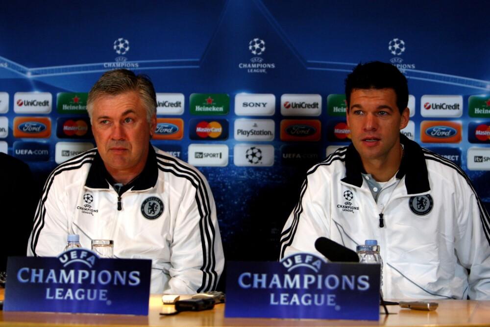Carlo Ancelotti Michael Ballack Chelsea 060521 Getty Images E.jpg