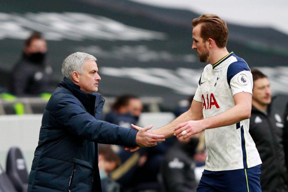 José Mourinho y Harry Kane - Tottenham
