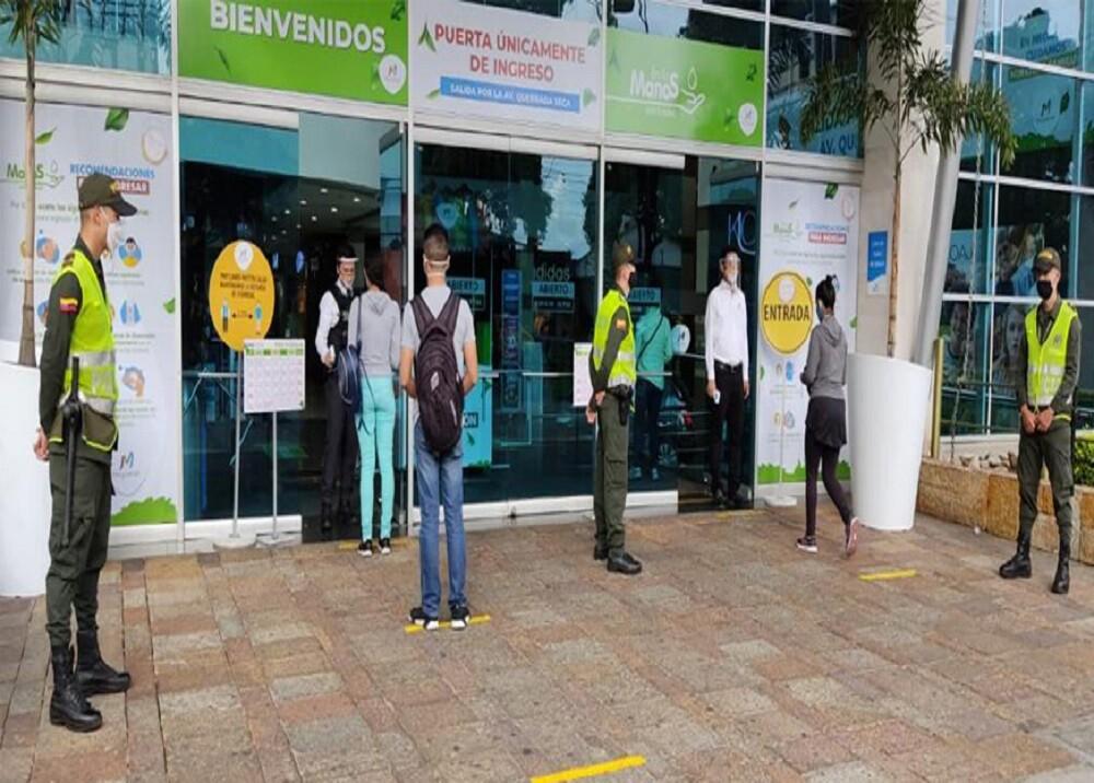 369717_BLU Radio. Compras centro comercial / Foto: Alcaldía de Bucaramanga