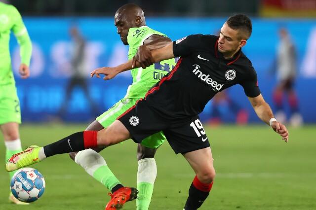 Rafael Santos Borré, en Eintracht Frankfurt contra Wolfsburgo