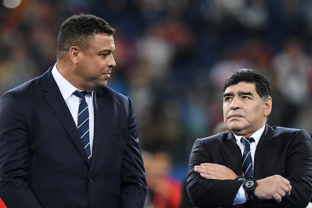 Ronaldo y Maradona. Foto: AFP