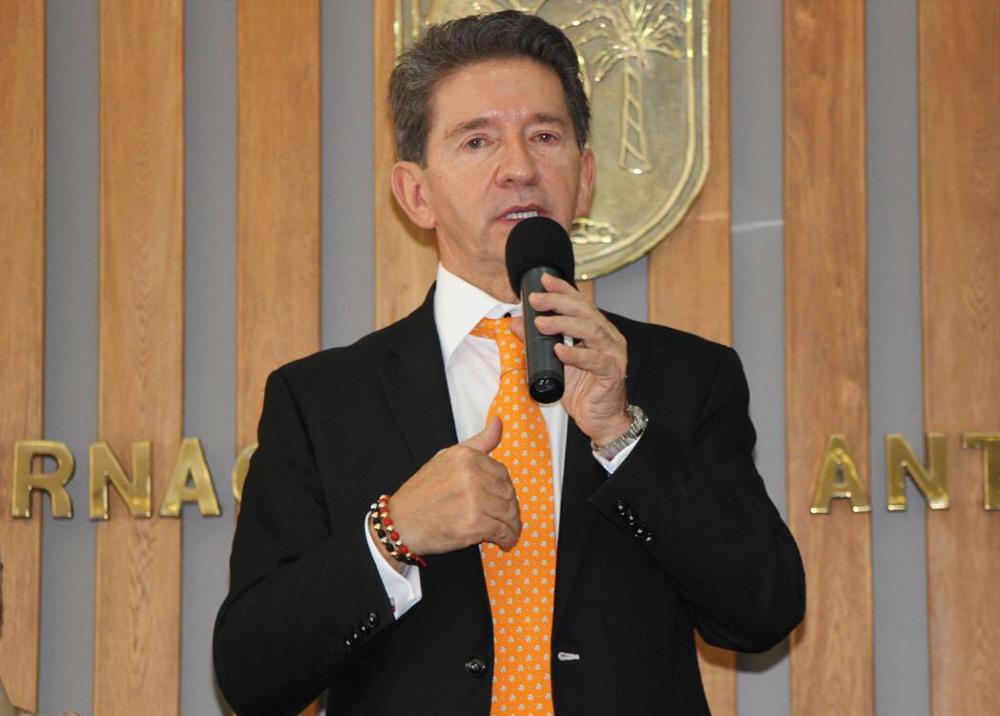 280132_BLU Radio Luis Pérez Gutiérrez / Foto: Gobernación de Antioquia