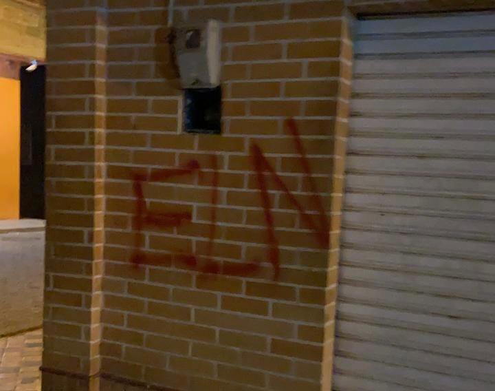 Graffitis ELN El Bagre, Antioquia.jpeg