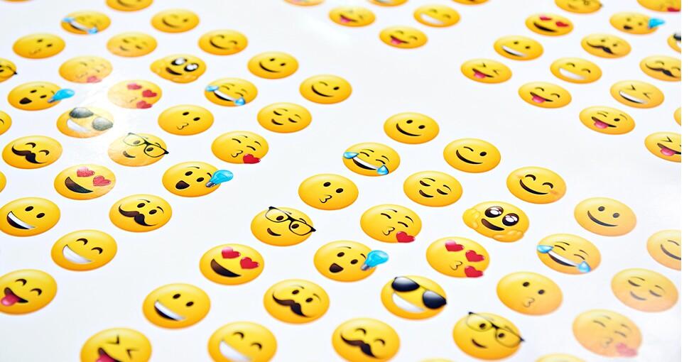 343043_emoji970.jpg