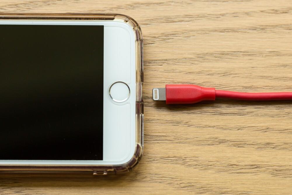 Celular apple.jpg