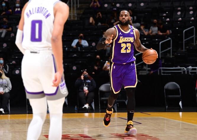 LeBron-Lakers-nba .jpg