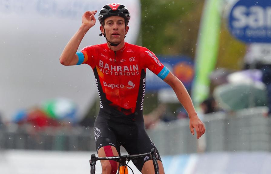 Gino Mader fue el ganador de la etapa 6 del Giro de Italia 2021.