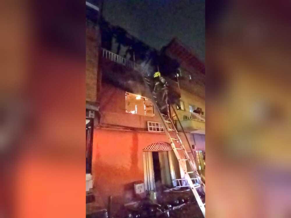 Incendio en el barrio El Salvador de Medellín (2).jpeg