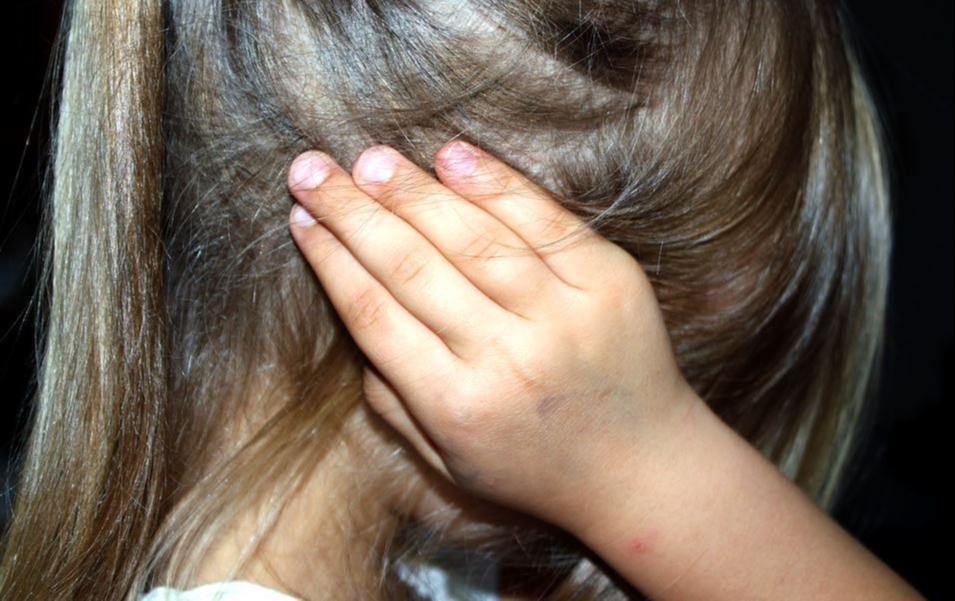 En Argentina, una niña de 11 años dijo a la policía que su papá quería matar a su mamá
