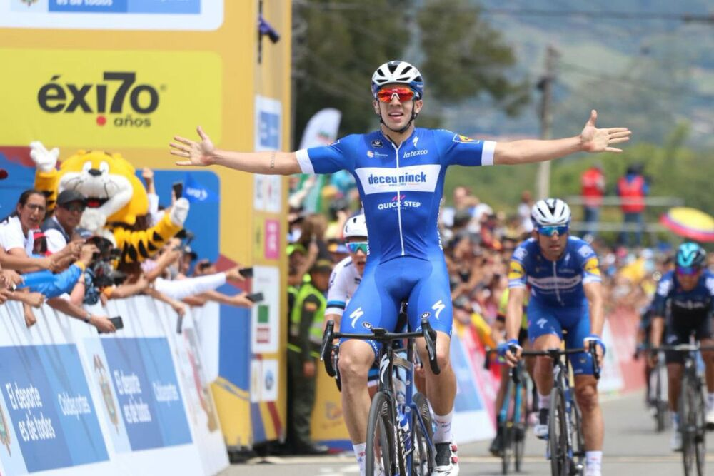 327460_BLU Radio. Álvaro Hodeg, ganador de la segunda etapa del Tour Colombia 2.1 / Foto: @TourColombiaUCI