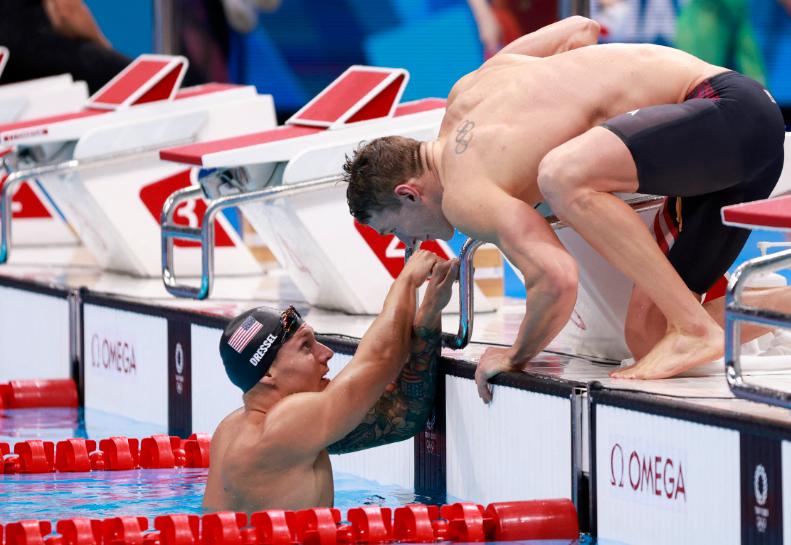 Caeleb Dressel lleva tres oros en los Juegos Olímpicos Tokio 2020.