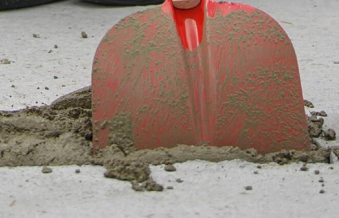 pala cemento mujer enterrada