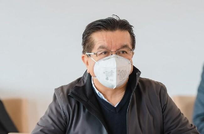 fernando ruiz anuncio vacunas privados_col.jpg