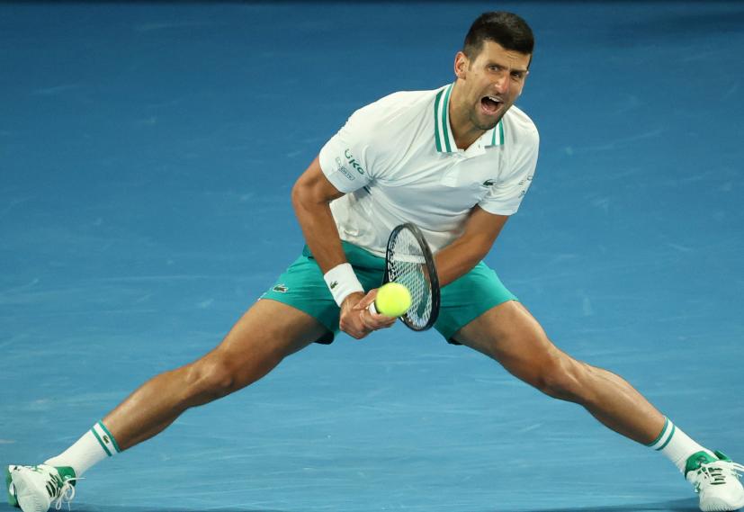 Novak Djokovic clasificó a cuartos de final del Abierto de Australia.