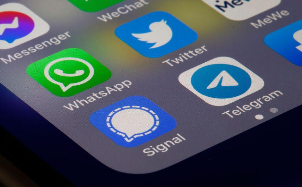 Telegram y WhatApp