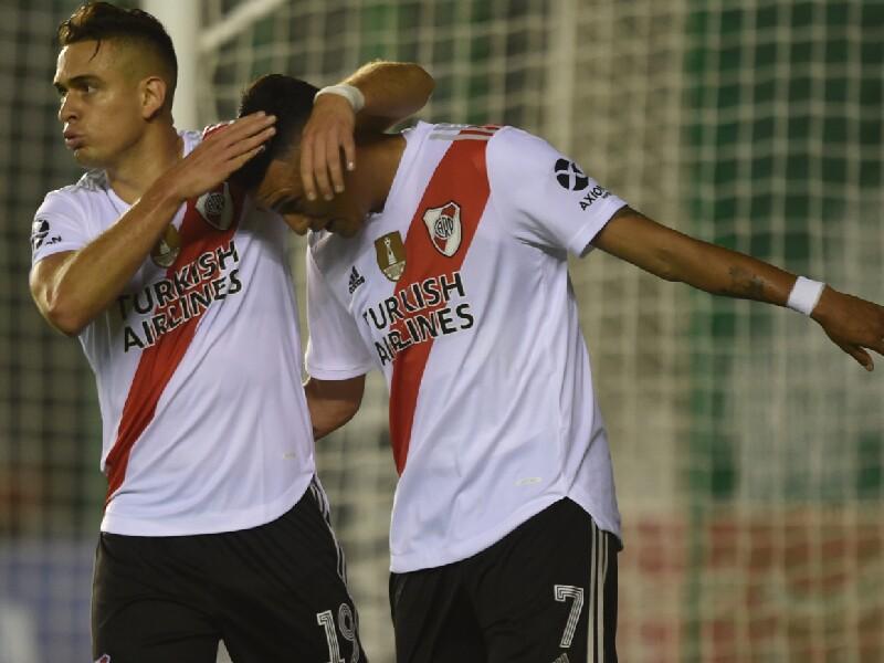 Santos Borré y Matías Suárez, jugadores River Plate