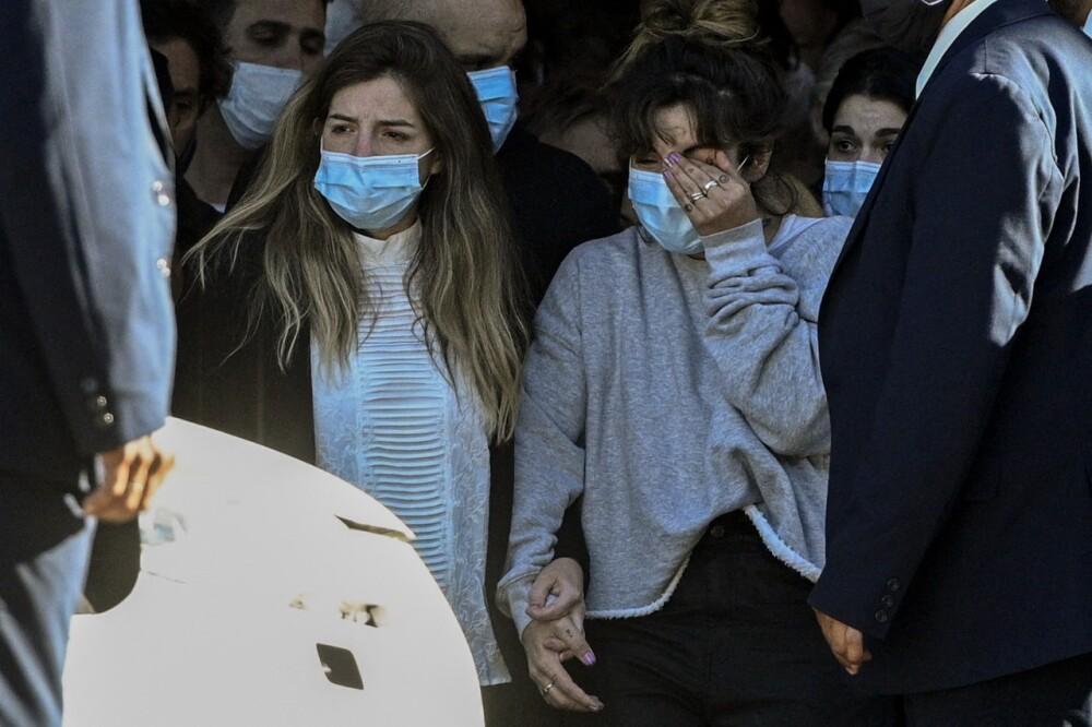 Hijas de Maradona.jpg