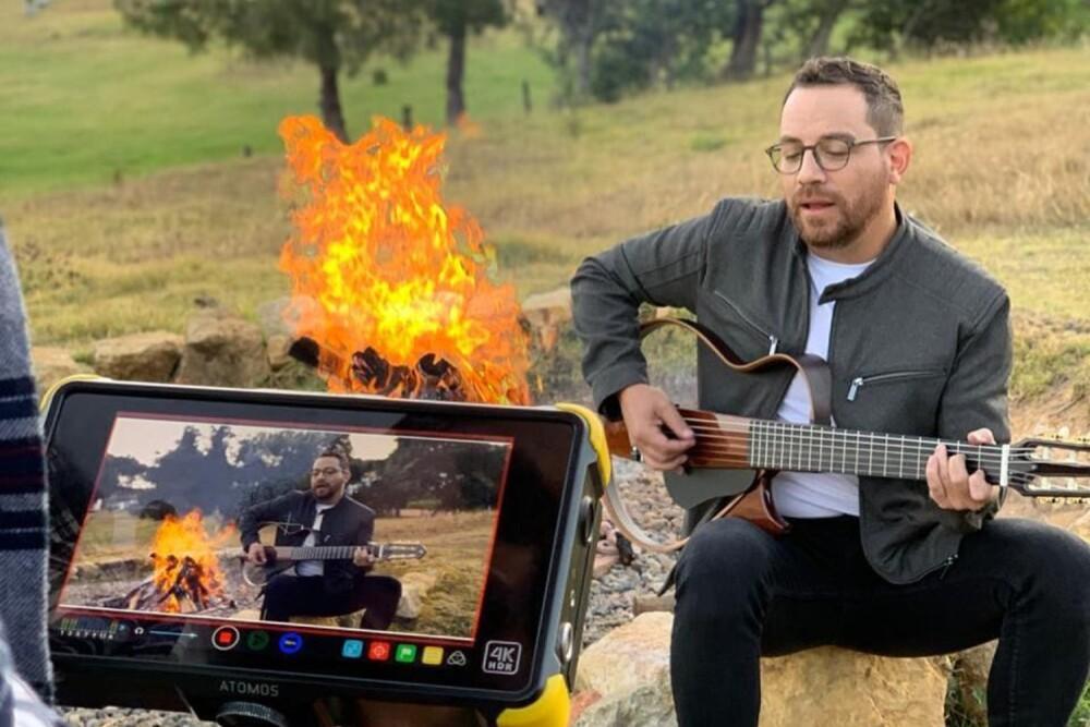 Juan-Fernando-Velasco-Music.jpg