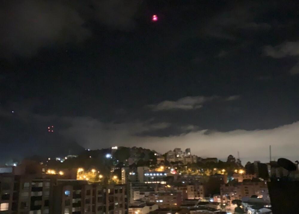 367382_Helicóptero en Chapinero, Bogotá / Foto: Twitter @juanpalocp