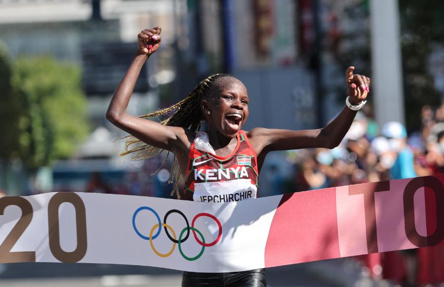 Peres Jepchirchir ganó la maratón de los Juegos Olímpicos Tokio 2020
