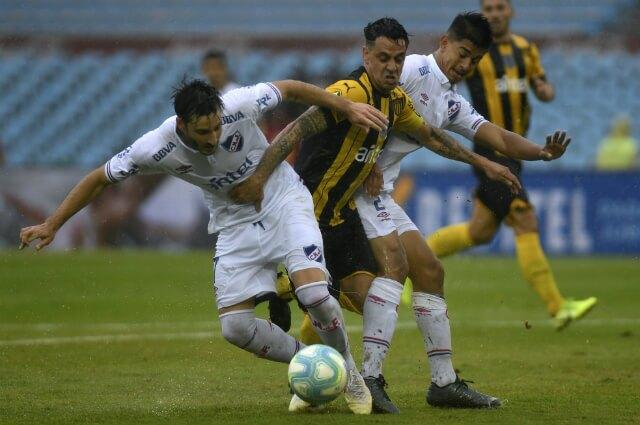 332833_Nacional vs Peñarol