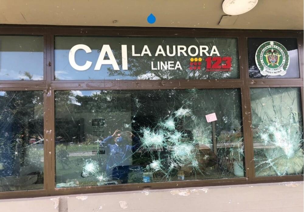 Vandalismo contra CAI en Bogotá.jpeg