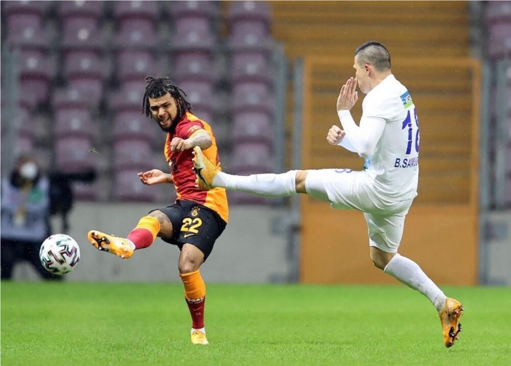Galatasaray Foto Twitter GalatasaraySK.jpg